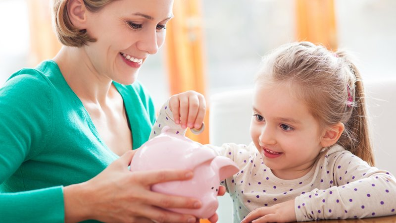 Differnt Ways To Educate Your Children About Money