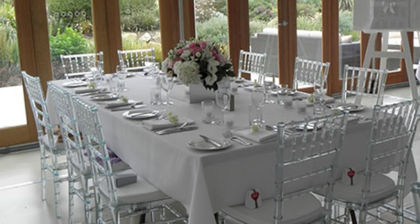 Advantages Of Hiring Caterers Who Also Rent Furniture